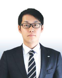 委員長 小森 雄介